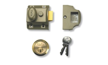 Yale 723 Deadlocking Nightlatch