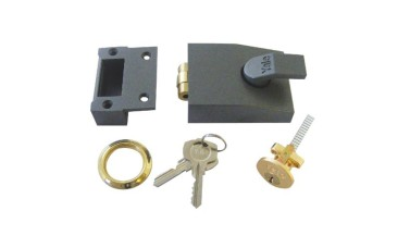 Yale 81 Series Rollerbolt Nightlatch