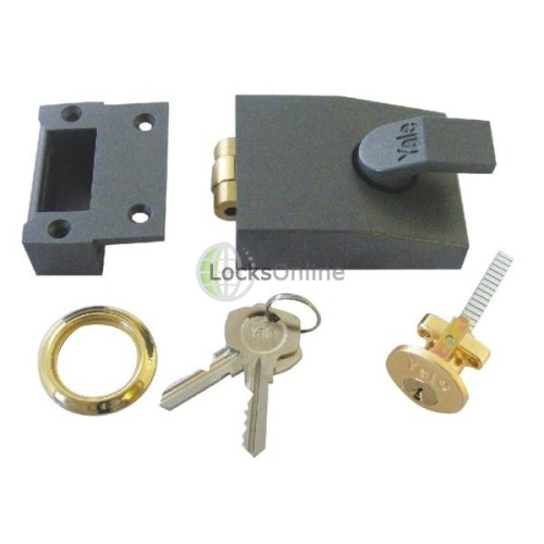 Main photo of Yale 81 Series Rollerbolt Nightlatch