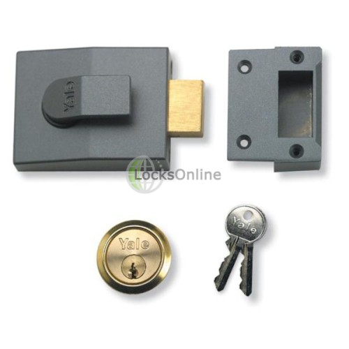 Main photo of Yale 82 Series Deadbolt Nightlatch + Escutcheon
