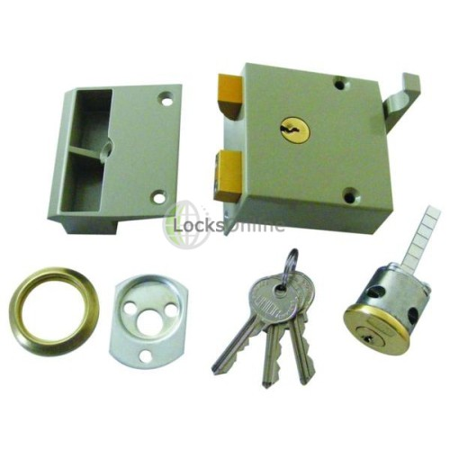 Main photo of Union 1334 Standard Stile Drawback Lock (50mm Backset)