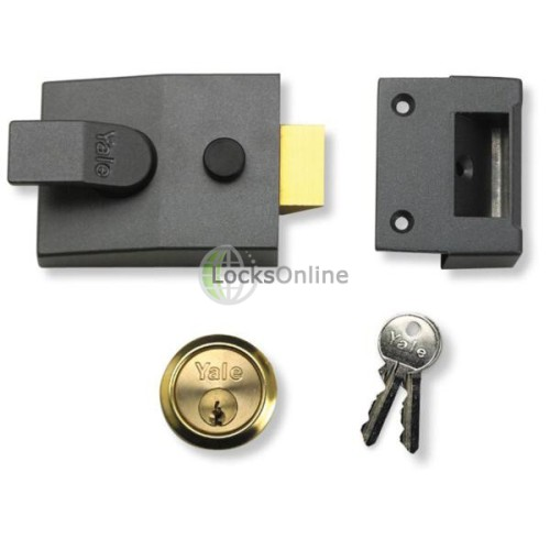 Main photo of Yale 91 Basic Security Nightlatch