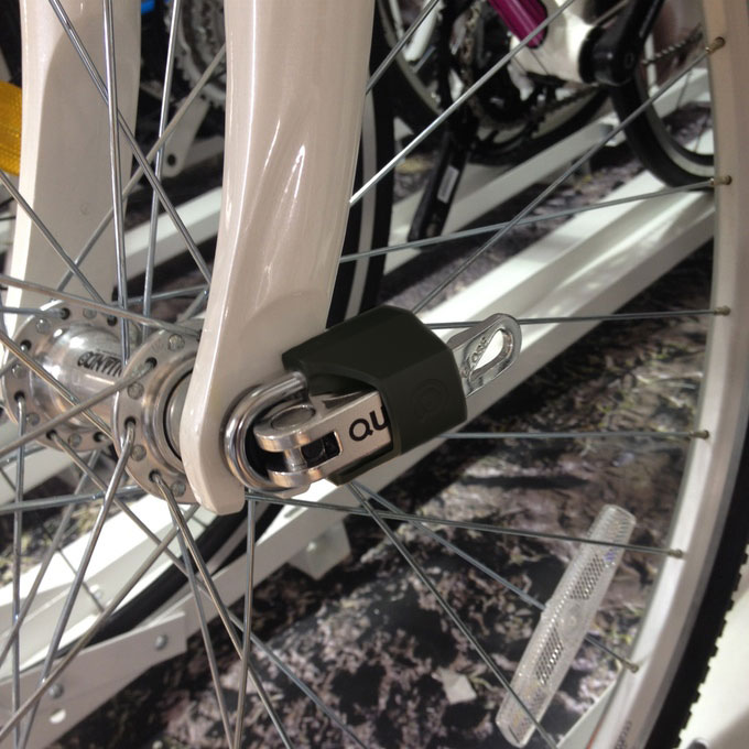 LocksOnline Quick Release Bike Wheel Lock In Situ