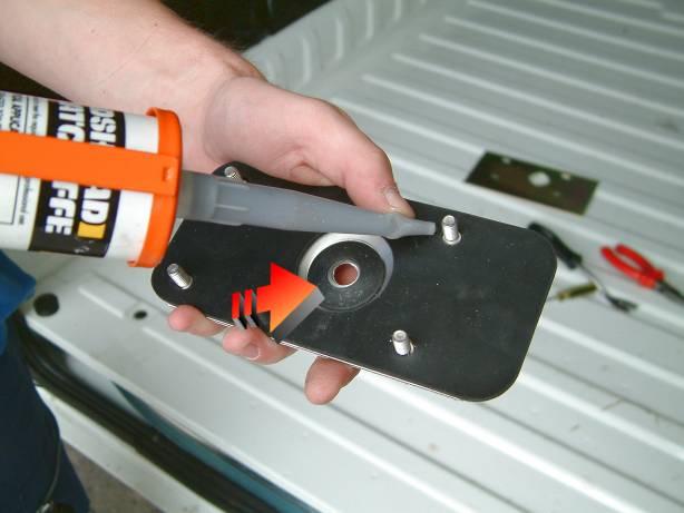 armaplate fitting guide: peugeot boxer rear doors   locks online